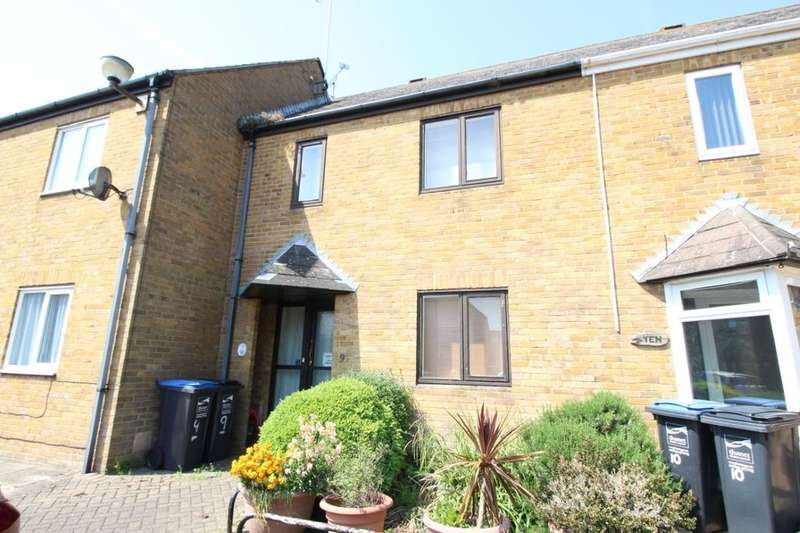 2 Bedrooms Property for sale in Nursery Close, Ramsgate, CT11