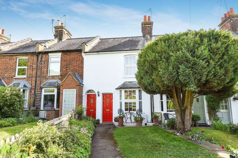 2 Bedrooms Terraced House for sale in Kent Place, Hitchin, SG5