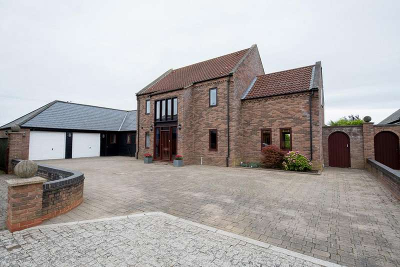 4 Bedrooms Detached House for sale in Kenwick Hall Gardens, Clenchwarton