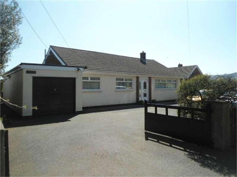 4 Bedrooms Detached Bungalow for sale in Four Winds, Penygarn Road, Penygarn, PONTYPOOL, Torfaen