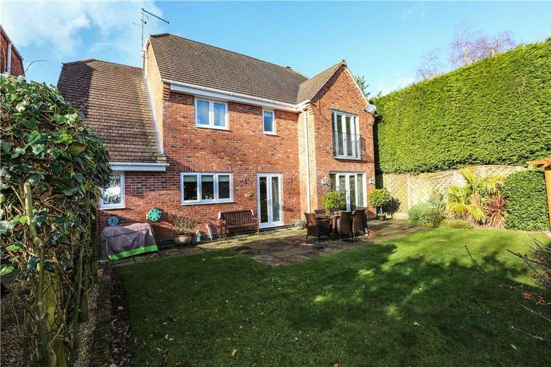 5 Bedrooms Detached House for sale in Southlands Court, 229 Birchfield Road, Redditch, Worcestershire, B97