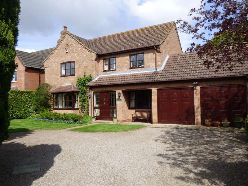 4 Bedrooms Detached House for sale in The Sidings, Moulton