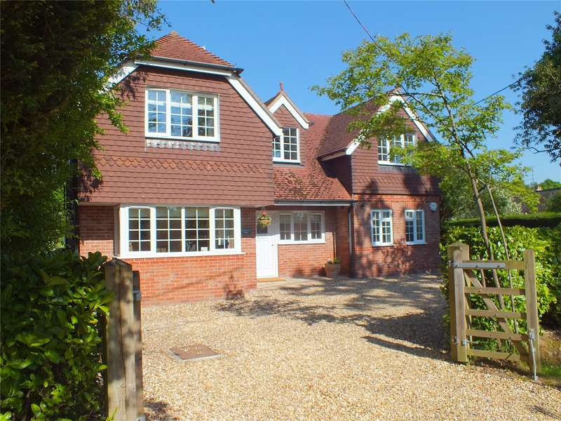 5 Bedrooms Detached House for sale in New Mill Lane, Eversley, Hook, Hampshire, RG27