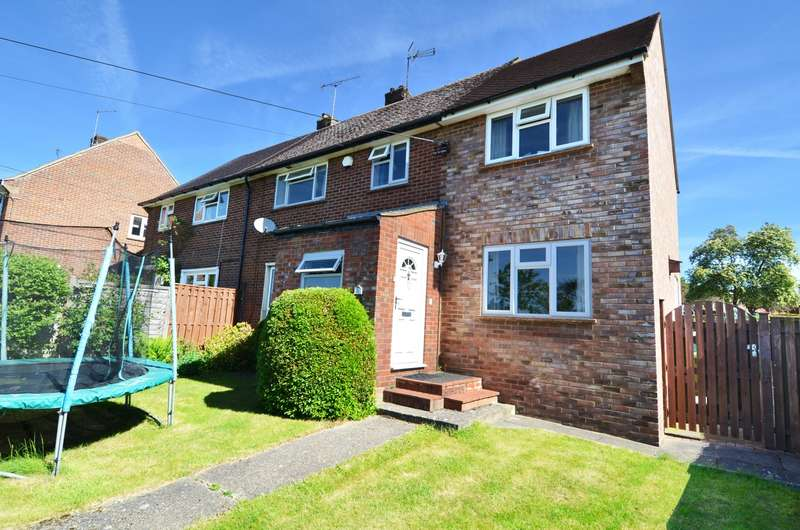 4 Bedrooms Semi Detached House for sale in Heath Lawn, Flackwell Heath, HP10