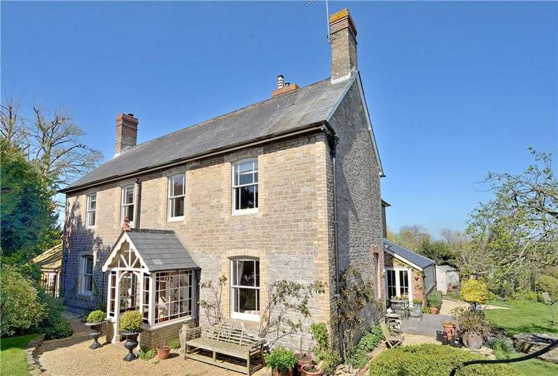 5 Bedrooms Detached House for sale in High Street, Henstridge, Templecombe, Somerset, BA8