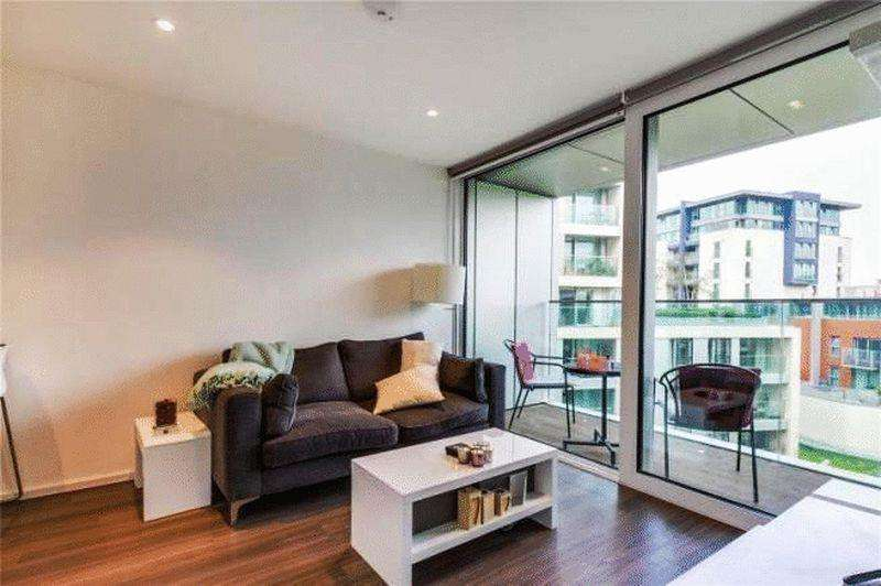 1 Bedroom Apartment Flat for sale in Aurora Apartments, Buckhold Road, London, SW18