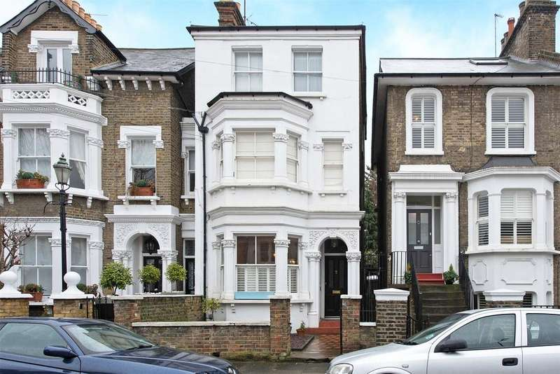 2 Bedrooms Flat for sale in Annandale Road, Greenwich, London, SE10