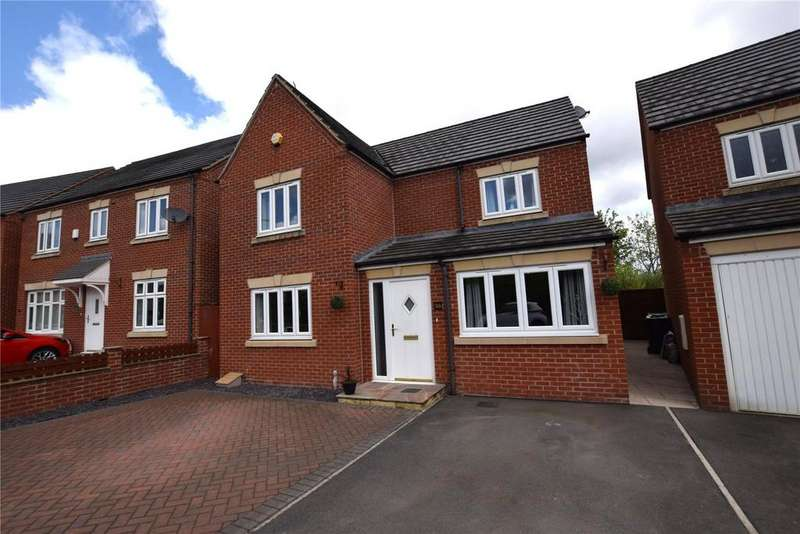 4 Bedrooms Detached House for sale in Park Drive, Leeds, West Yorkshire