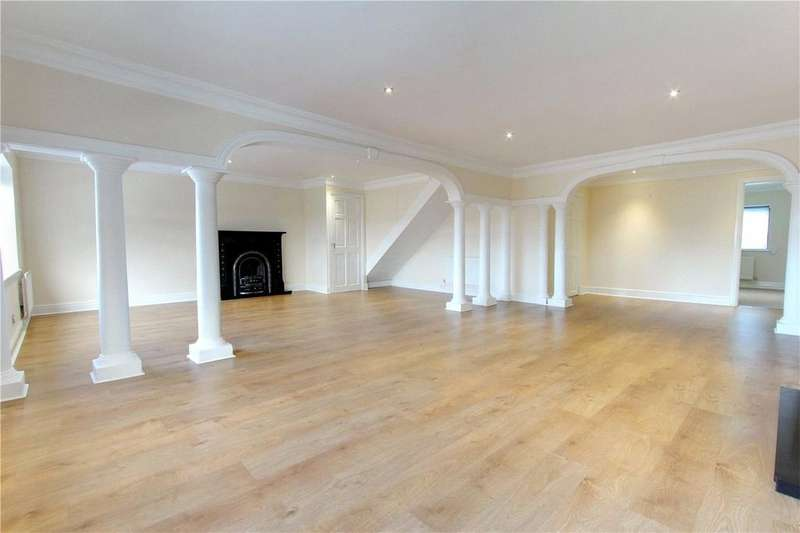 3 Bedrooms Flat for rent in Lealholm Crescent, Ormesby
