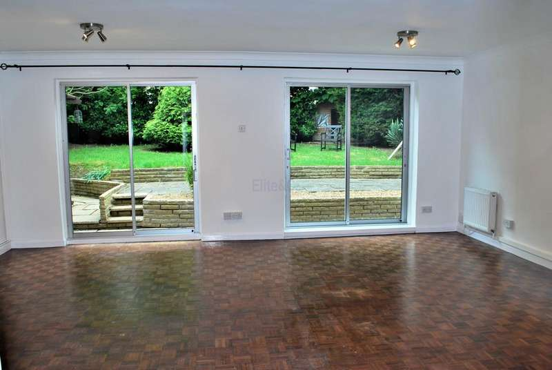 4 Bedrooms Detached House for rent in Shirley, CR0