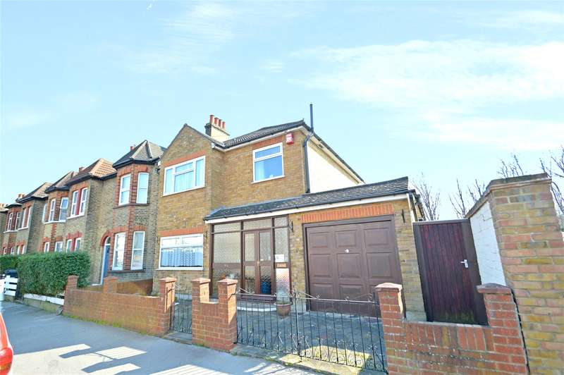 3 Bedrooms Semi Detached House for sale in Woodside Road, London