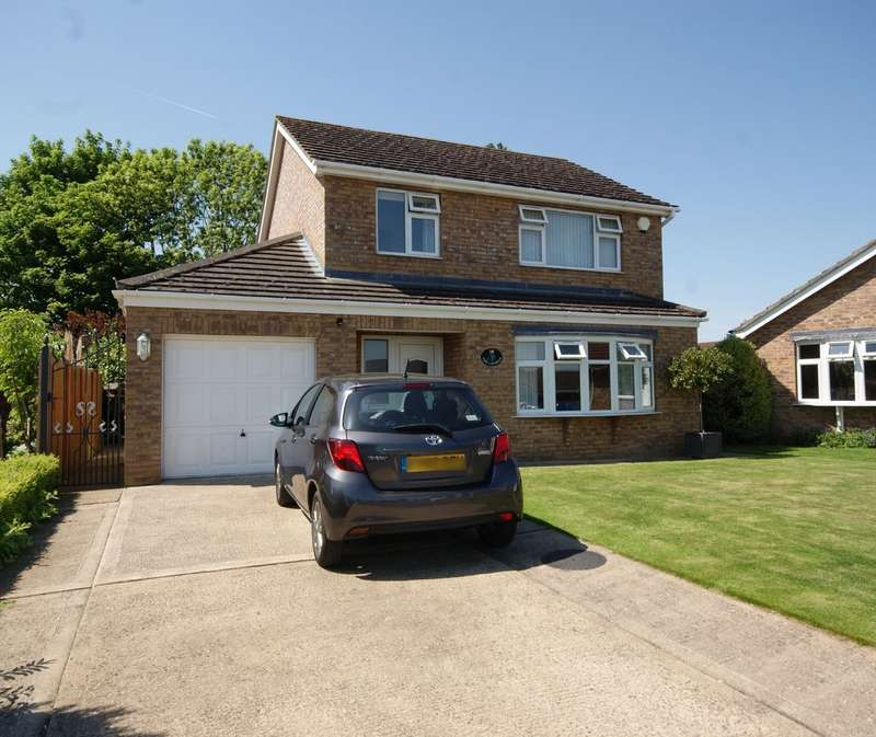 3 Bedrooms Detached House for sale in Roman Close , Navenby LN5