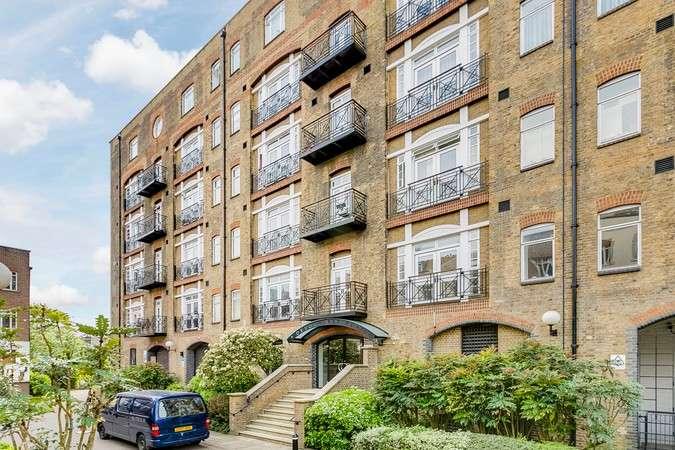 2 Bedrooms Flat for sale in Devonhurst Place, Heathfield Terrace, Chiswick