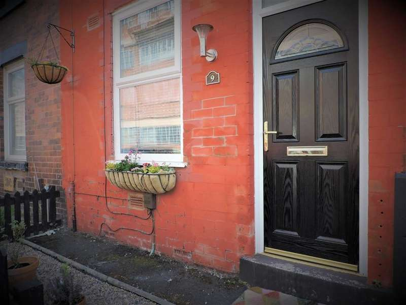 2 Bedrooms Terraced House for sale in Drury Street, Manchester