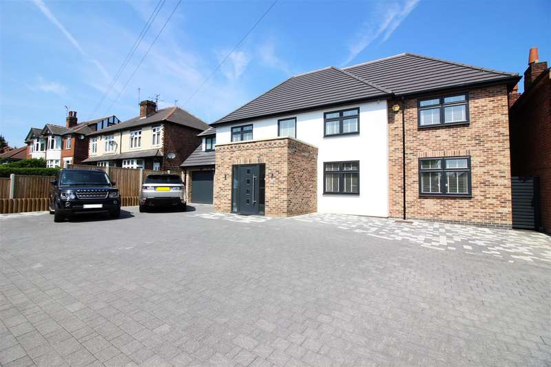 4 Bedrooms Detached House for sale in Nottingham Road, Nuthall, Nottingham