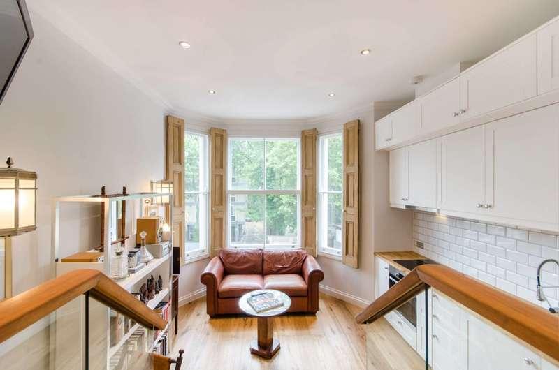 1 Bedroom Flat for sale in Earls Court Road, Kensington, W8
