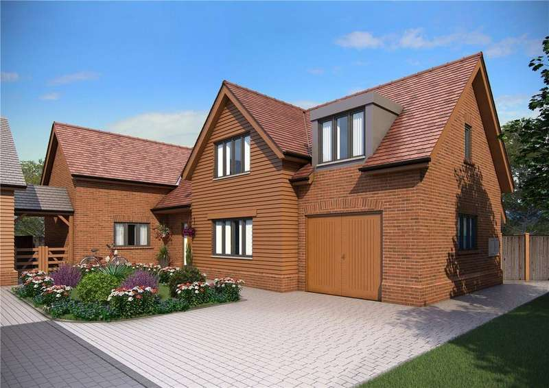 4 Bedrooms Detached House for sale in Bury Lane, Codicote, Hitchin, Hertfordshire