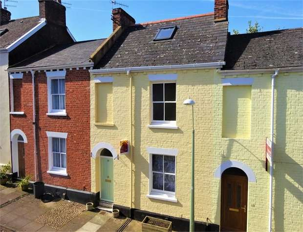 3 Bedrooms Terraced House for sale in Sandford Walk, Newtown, EXETER, Devon