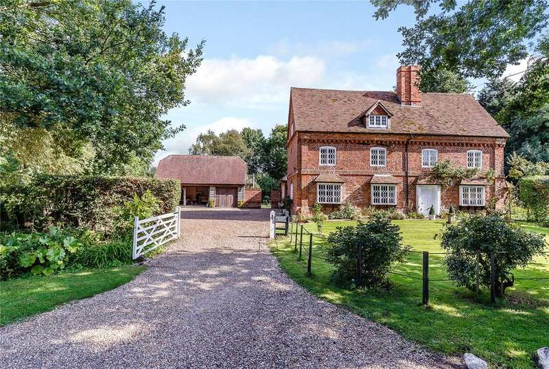 6 Bedrooms Detached House for sale in Minchens Lane, Bramley, Tadley, Hampshire, RG26