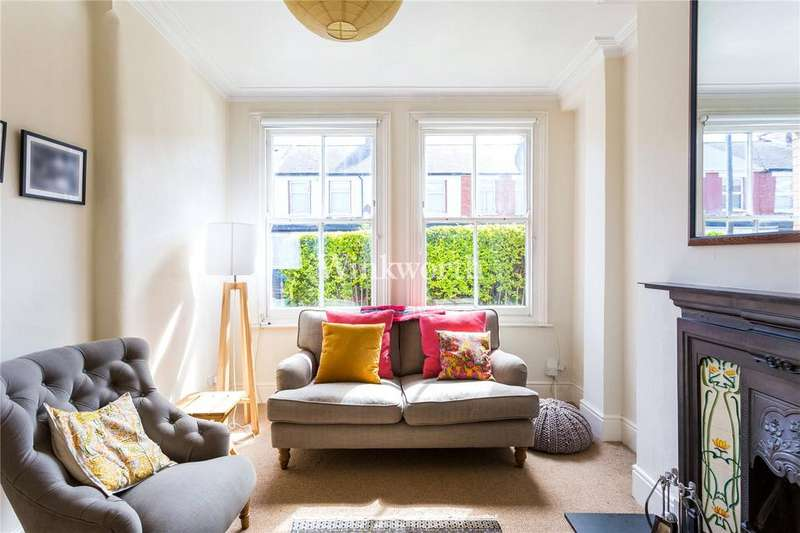 3 Bedrooms Terraced House for sale in Cissbury Road, Haringay, London, N15