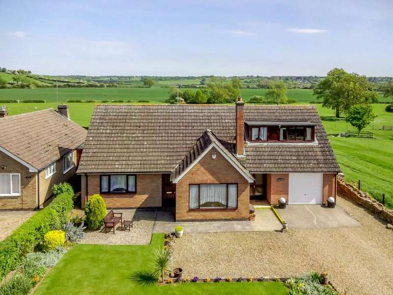 4 Bedrooms Detached Bungalow for sale in Main Street, Drayton, Market Harborough, Leicestershire