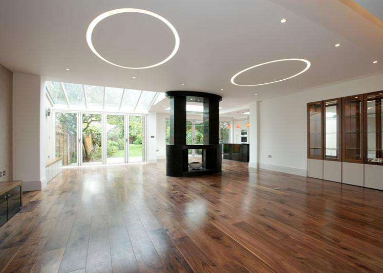 5 Bedrooms Semi Detached House for rent in Hartswood Road, London, W12
