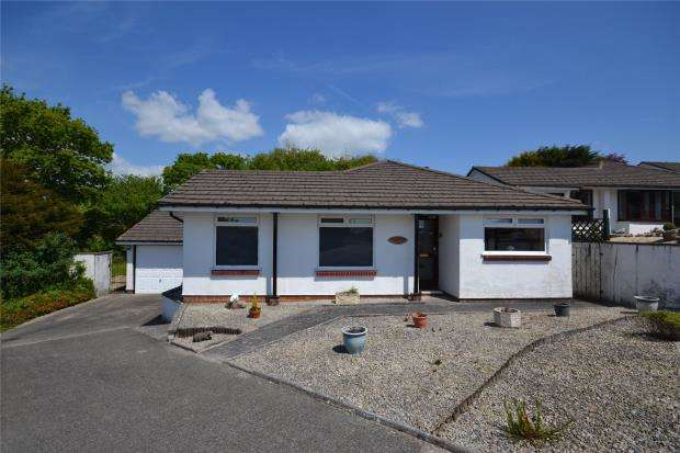 2 Bedrooms Detached Bungalow for sale in Glebelands, Callington, Cornwall