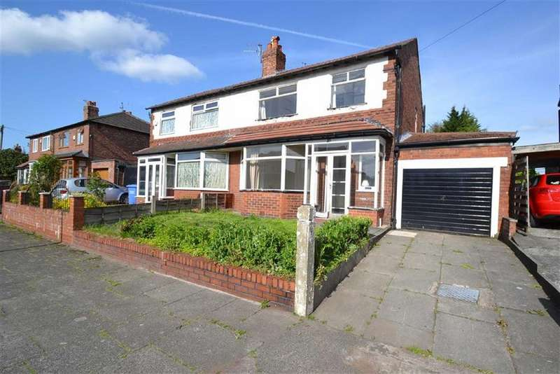 3 Bedrooms Semi Detached House for sale in Daventry Road, Chorlton