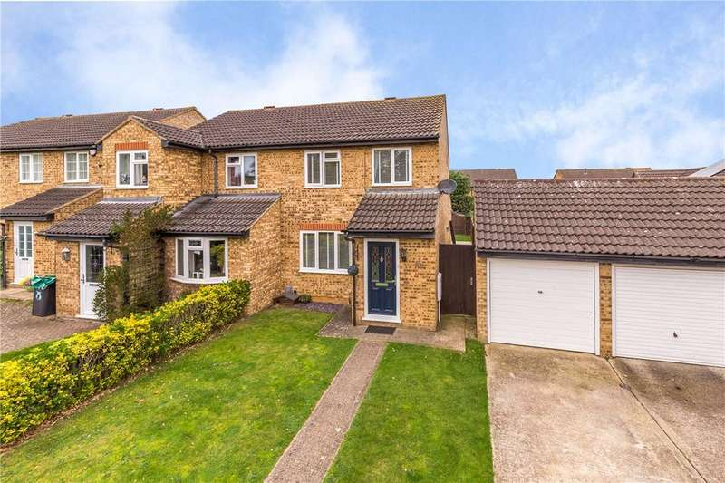 3 Bedrooms Semi Detached House for sale in Avon Rise, Flitwick, Bedford, Bedfordshire