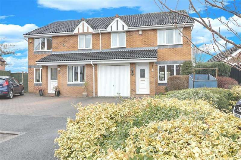 3 Bedrooms Semi Detached House for sale in Milton Close, Middlewich