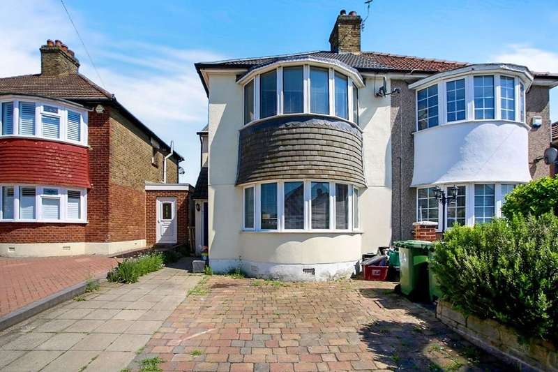 4 Bedrooms Semi Detached House for sale in Plymstock Road, Welling, DA16
