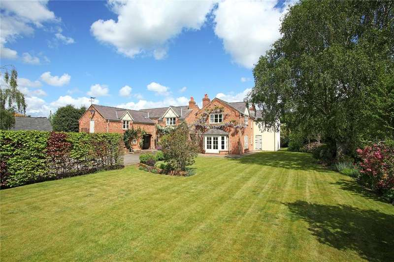 5 Bedrooms Detached House for sale in Old Moss, Stapleford, Nr Tarvin, Cheshire, CH3