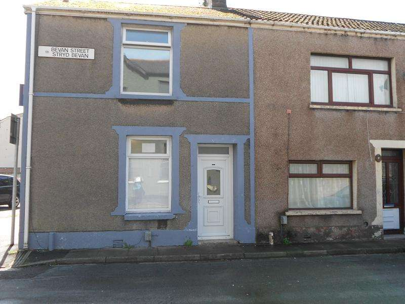 2 Bedrooms End Of Terrace House for rent in Bevan Street, Port Talbot, Neath Port Talbot.