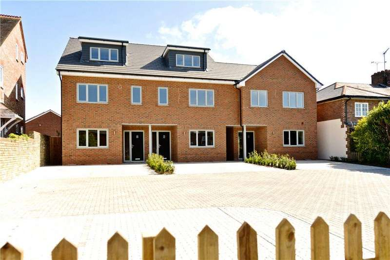 3 Bedrooms Terraced House for sale in High Street, Eaton Bray, Dunstable, Bedfordshire
