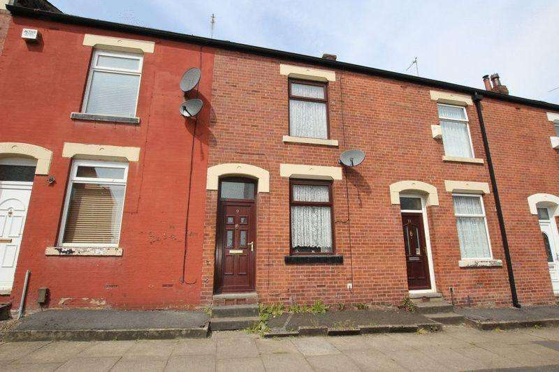 3 Bedrooms Terraced House for sale in Church Road, MIDDLETON M24 2SF