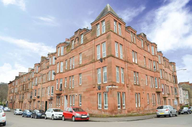1 Bedroom Flat for sale in Mannering Road, Flat 3/3, Shawlands, Glasgow, G41 3TB