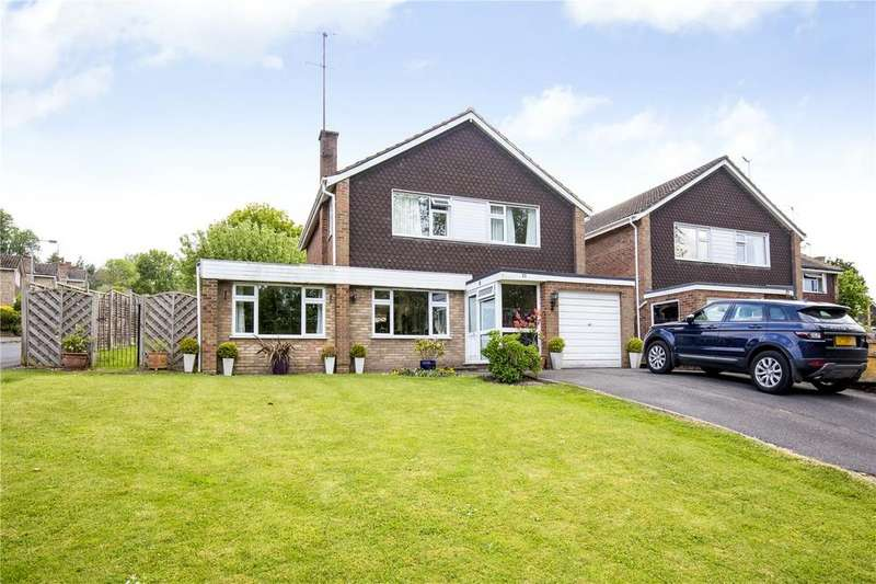 4 Bedrooms Detached House for sale in Lombardy Drive, Berkhamsted, Hertfordshire, HP4
