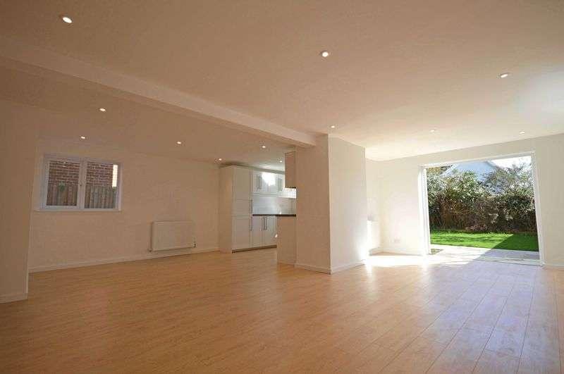 4 Bedrooms Property for sale in 35 Liphook Road Lindford, Lindford