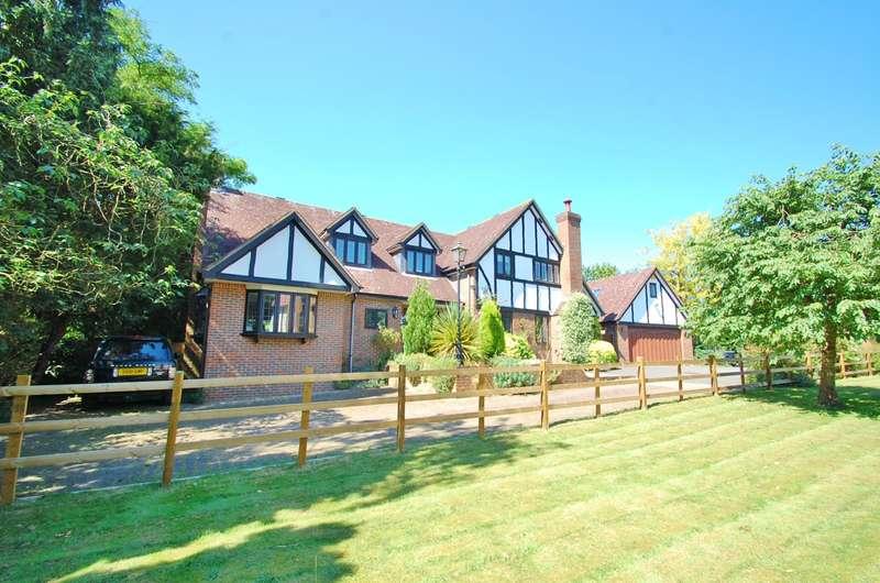 5 Bedrooms Detached House for sale in West End Lane, Stoke Poges, SL2