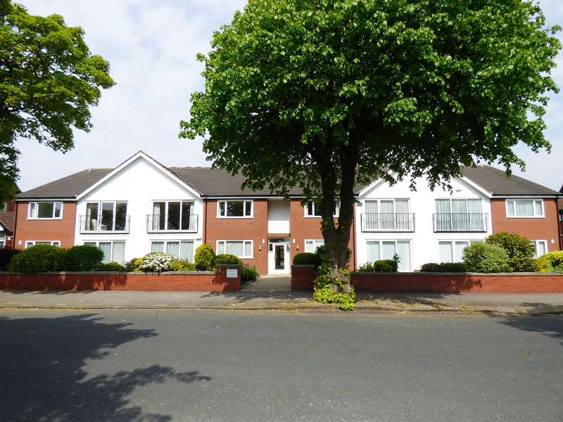 3 Bedrooms Apartment Flat for sale in Links Lodge, 9 Links Gate, St Annes