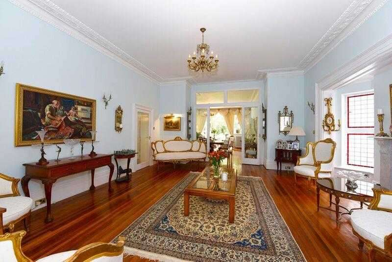 5 Bedrooms Apartment Flat for sale in Keswick Road, Putney