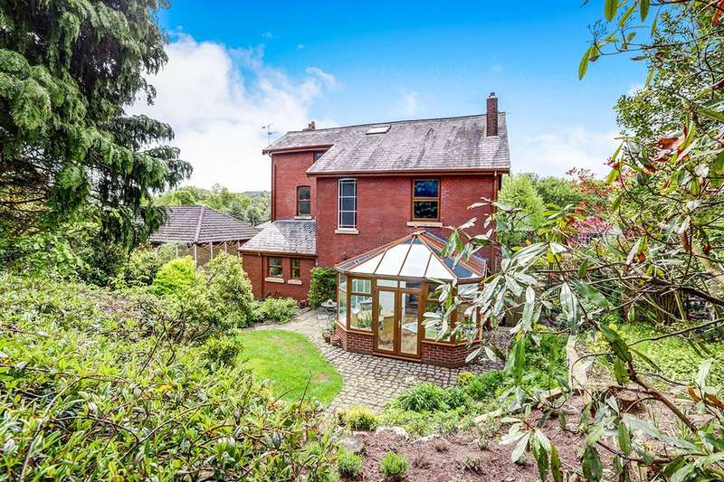 6 Bedrooms Detached House for sale in Sheffield Road, Hyde, SK14