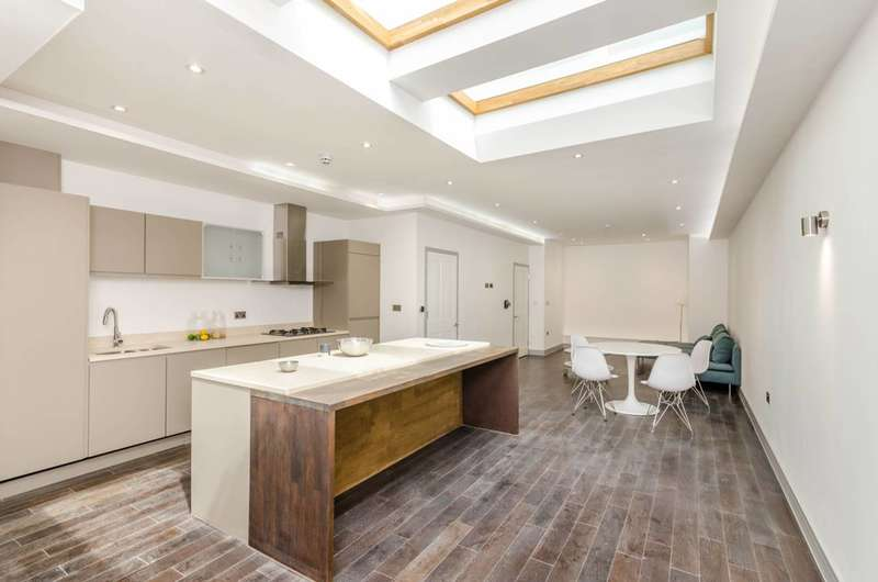 4 Bedrooms House for sale in Westbere Road, West Hampstead, NW2