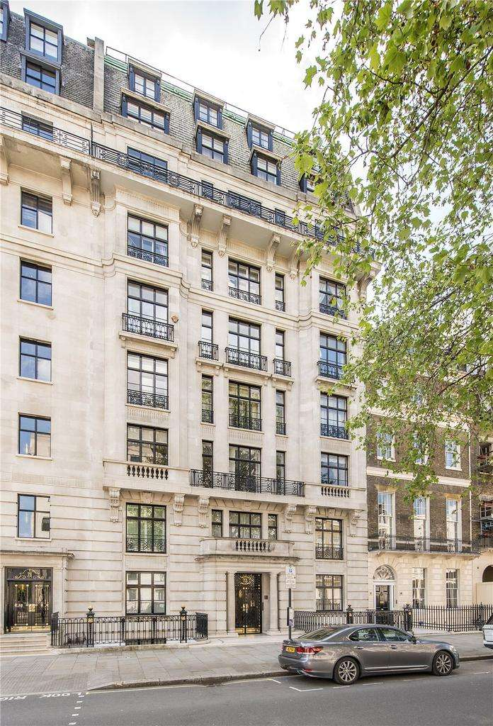 4 Bedrooms Flat for sale in Portland Place, London, W1B