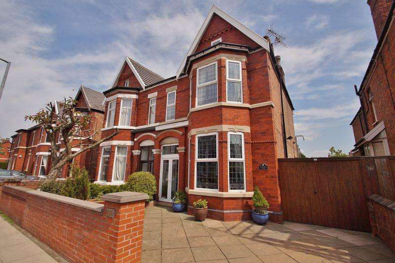 5 Bedrooms Semi Detached House for sale in Portland Street