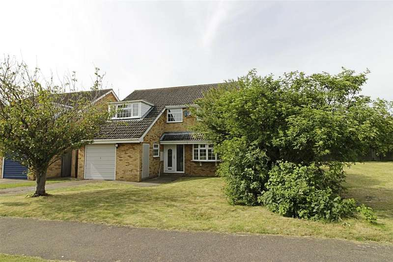 4 Bedrooms Property for sale in Wade Park Avenue, Market Deeping