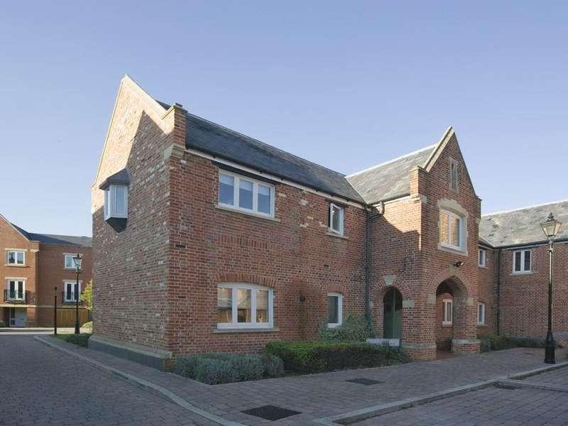 1 Bedroom Property for sale in Hunsford Lodge Longbourn, Windsor, Berkshire