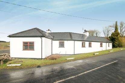 3 Bedrooms Detached House for sale in Llanrwst, Conwy, North Wales, United Kingdom, LL26
