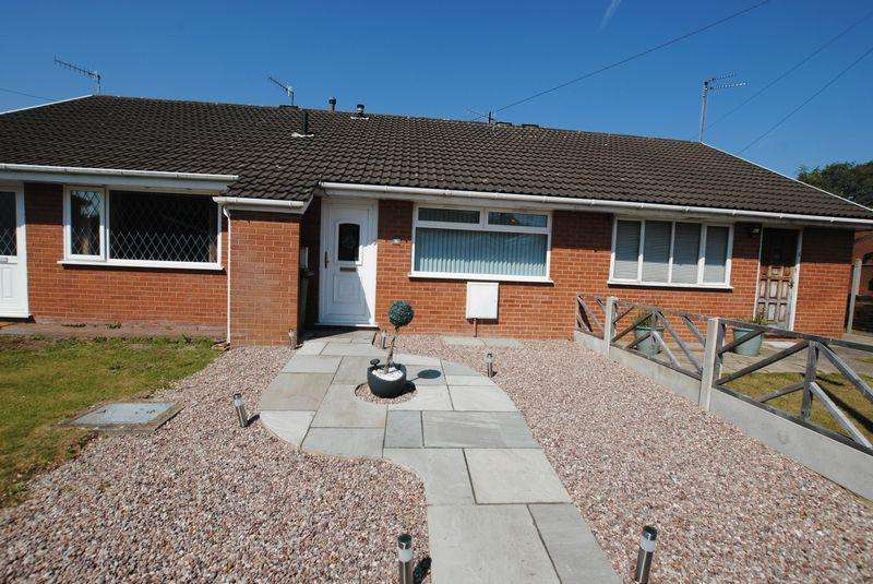 1 Bedroom Bungalow for sale in Aylsham Drive, Upton