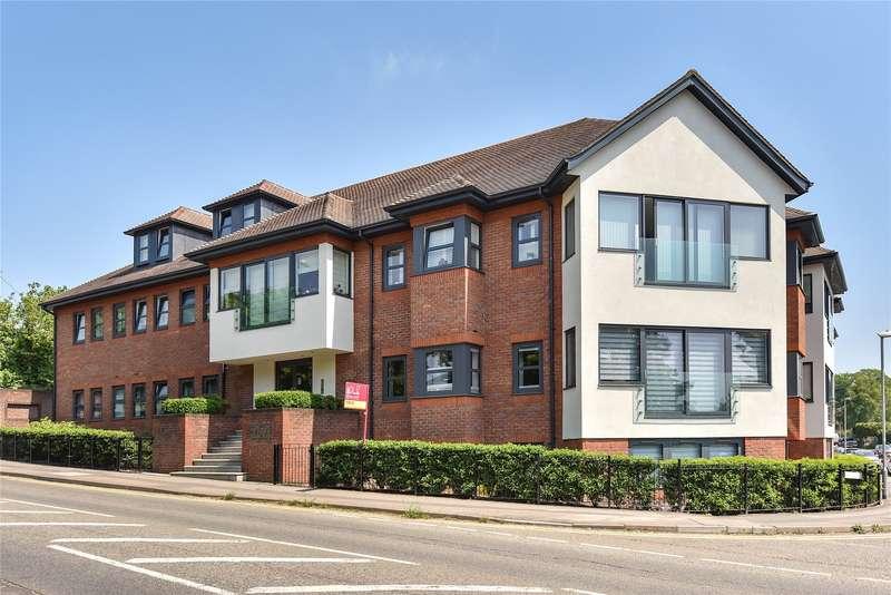 1 Bedroom Apartment Flat for sale in Finchampstead Road, Wokingham, Berkshire, RG40